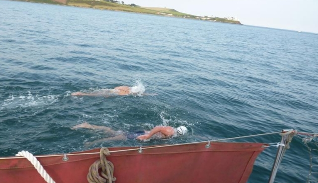 Last changeover for tonight. We all did 6mins each and the tide was so strong, we swam on the spot for 40mins!! scary